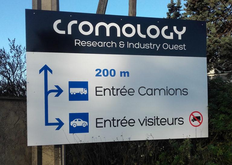 Panneau fléchage Cromology