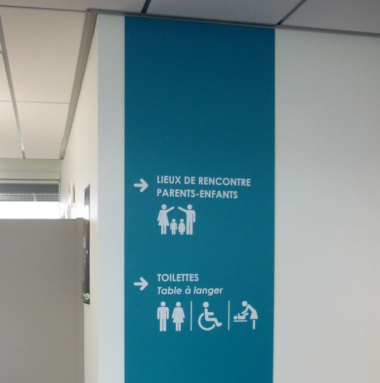 Signalétique murale bureaux