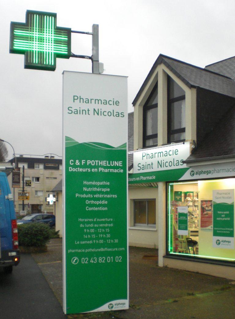 Totem pharmacie